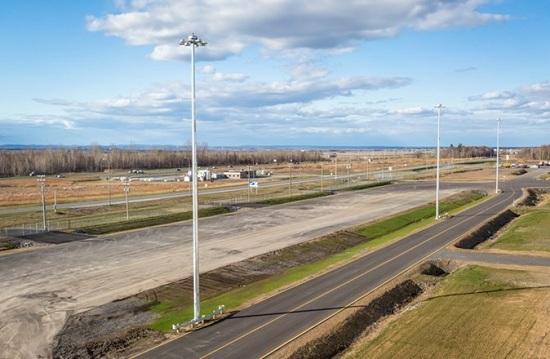 Đèn LED pha 400W chiếu sáng sân đỗ máy bay