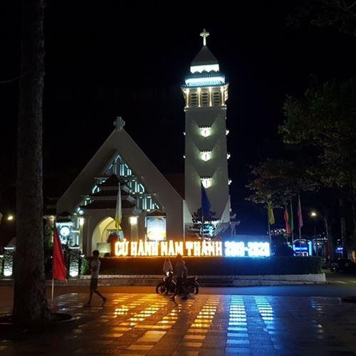 Đèn LED pha 20W trang trí nhà thờ