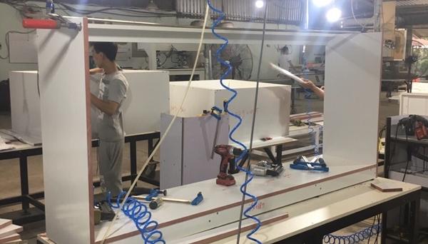 Đèn LED 1m2 36W xưởng sơn đồ gỗ